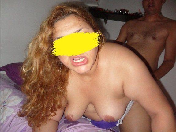 Esposa puta só goza com dois machos