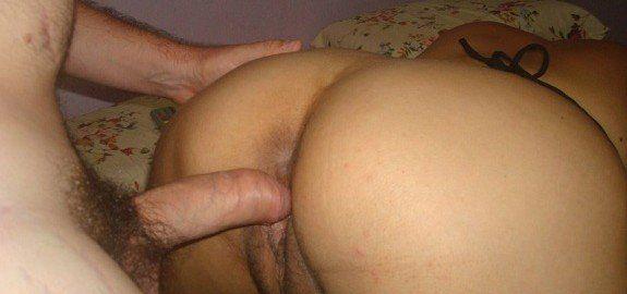 Casal amador fazendo sexo