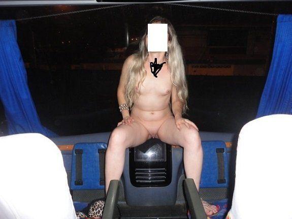 Esposa pelada no ônibus