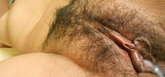 Esposa bucetuda fazendo sexo