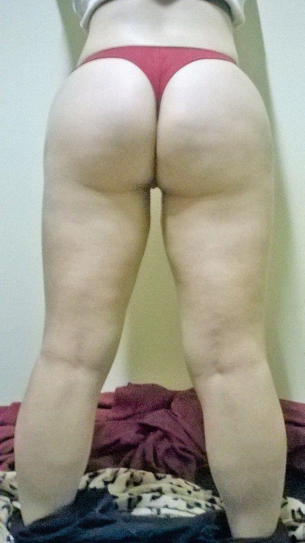 Esposa exibindo a bunda grande (14)