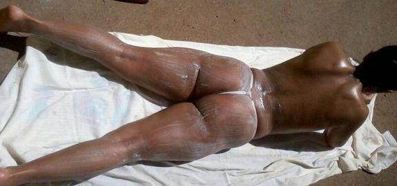 A minha esposa safada bronzeada