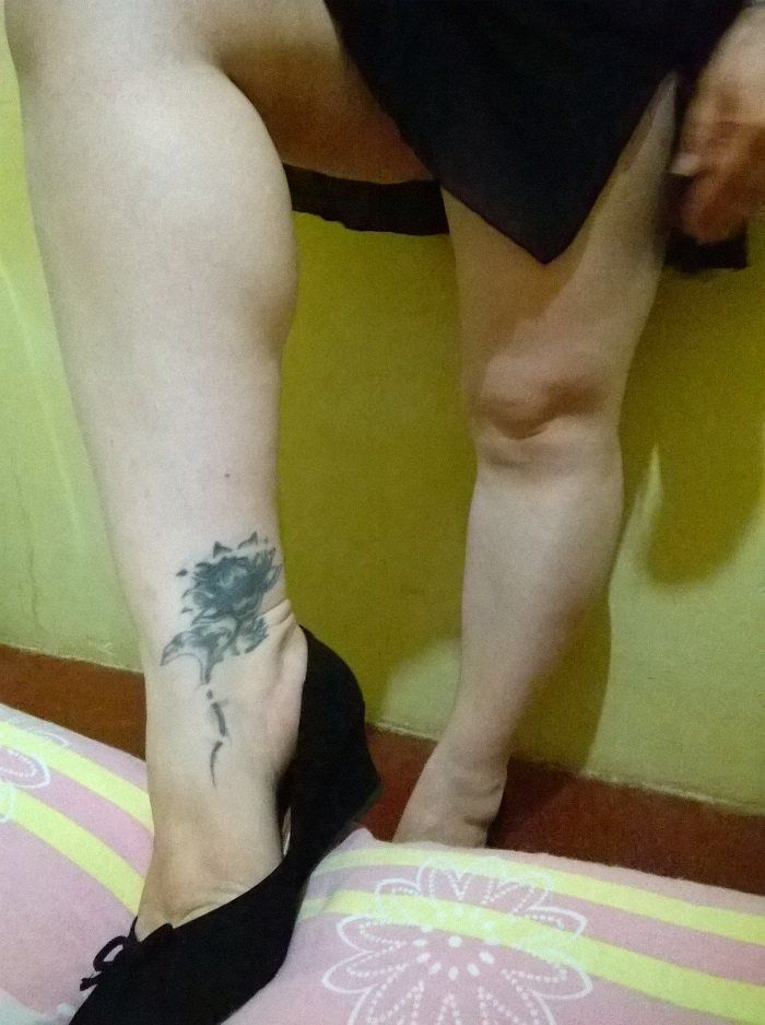 esposa-coroa-bucetuda-raspadinha-exibida-14
