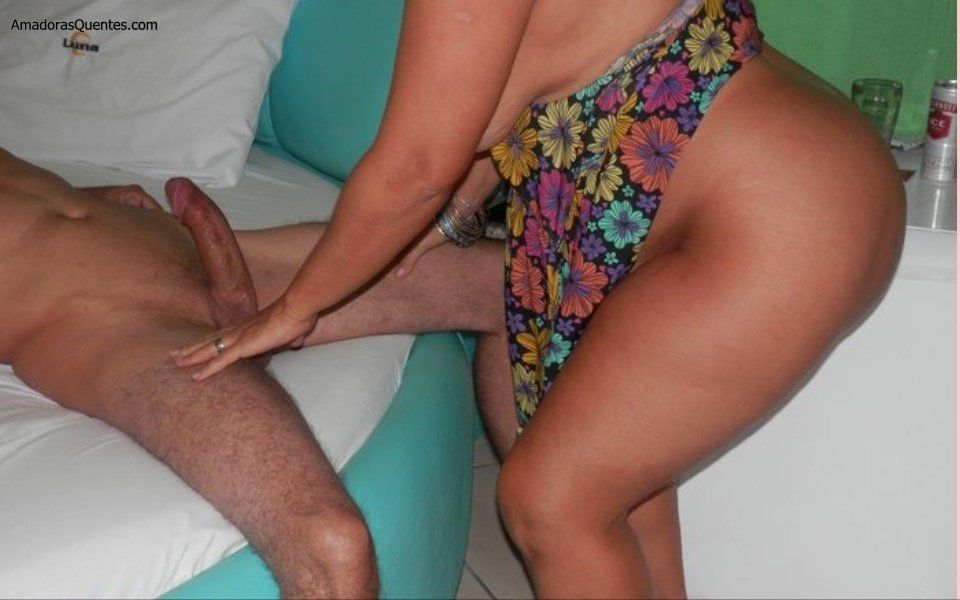 gordinha-gostosa-esposa-de-corno-manso-2