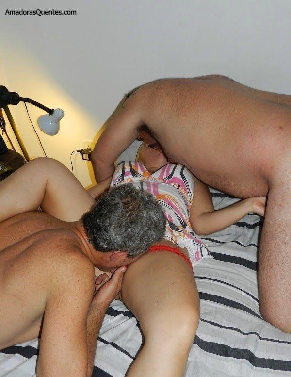loira-liberada-pelo-corno-em-fotos-de-sexo-9