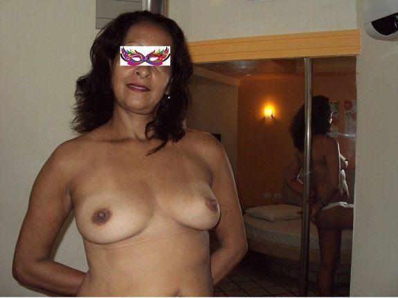 Mulher madura gostosa e pelada
