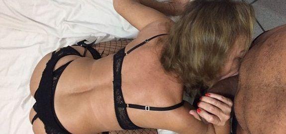 Coroa gostosa 55 anos adora um sexo