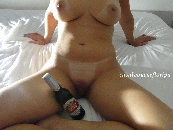 Esposa se exibindo no motel com o comedor