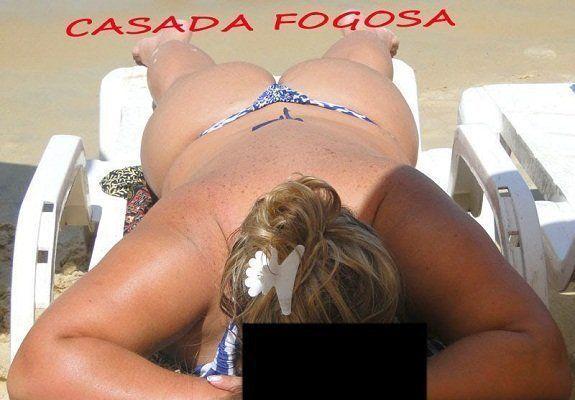 Fotos bunduda de biquíni na praia