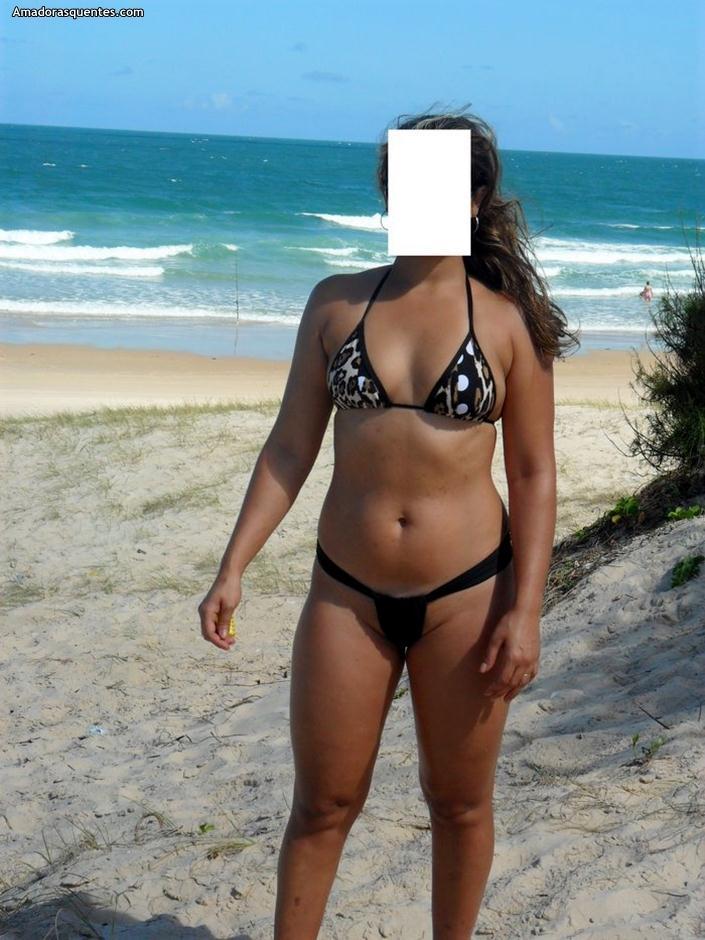 mulheres nuas na praia motel almada