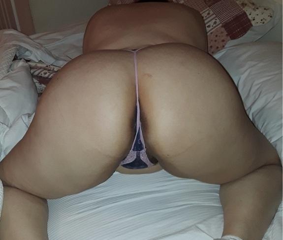 Esposa faminta em fotos amadoras