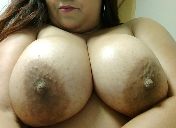 Gordinha casada dos peitos grandes muito gostosa