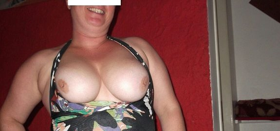 Minha esposa quer machos para sexo sem compromisso