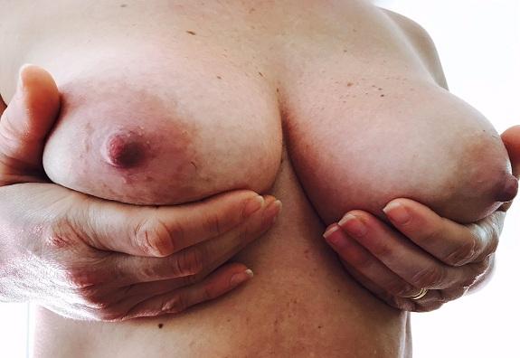 Esposa tetuda gostosa da bunda grande