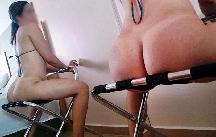 Esposa magrinha branquinha se exibindo toda peladinha
