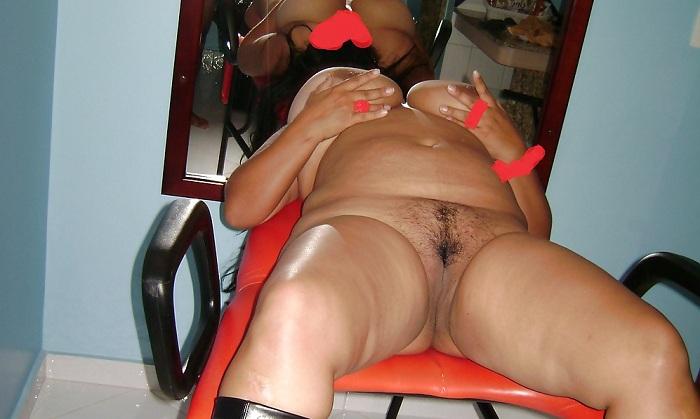 Esposa mega bucetuda pelada no motel