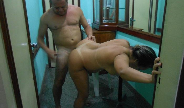 Esposa gostosa fodendo com outro macho