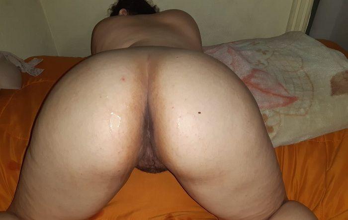 Minha esposa bunduda gostosa e timida