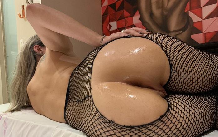 Fotos casalGlxxx esposa de lingerie