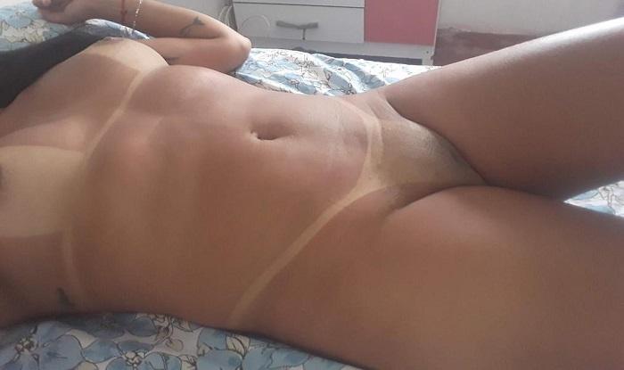 Esposa pelada toda bronzeada gostosa