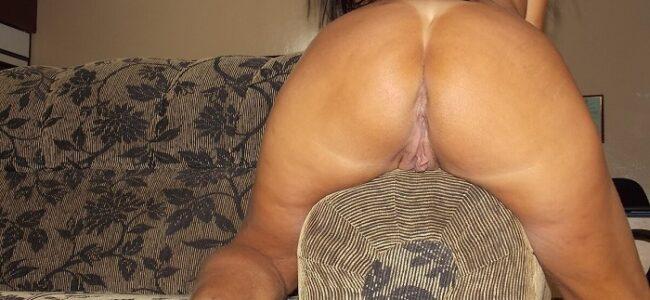 Morena safada de corno em fotos de sexo