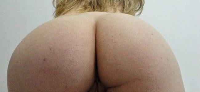 Esposa branquinha da bunda grande