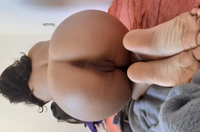 Exibindo a sua esposa magrinha gostosa