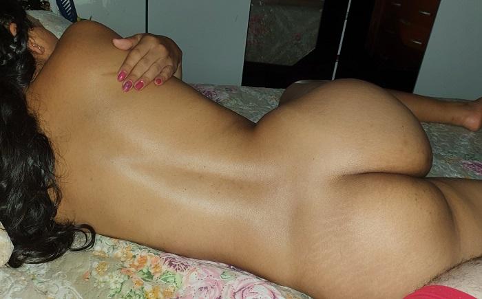 Várias fotos amadoras da esposa pelada