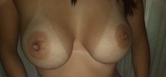Minha esposa siliconada pelada