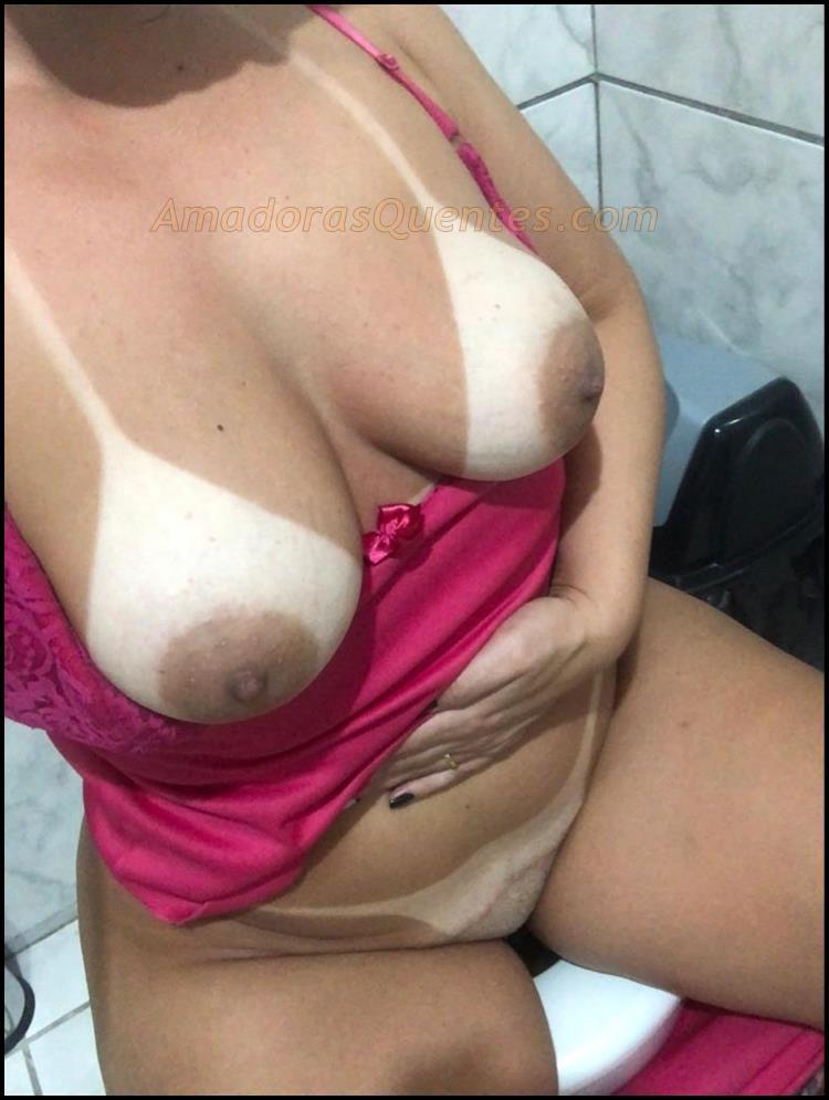Fotos peladas da esposa mostrando  as marquinhas 11