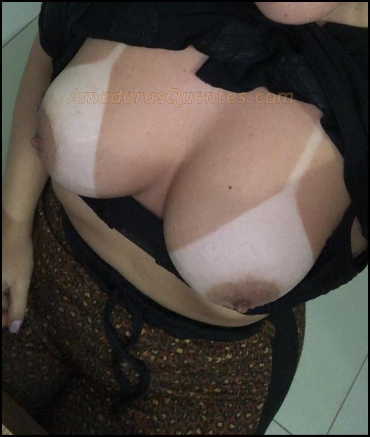 Fotos peladas da esposa mostrando  as marquinhas 12